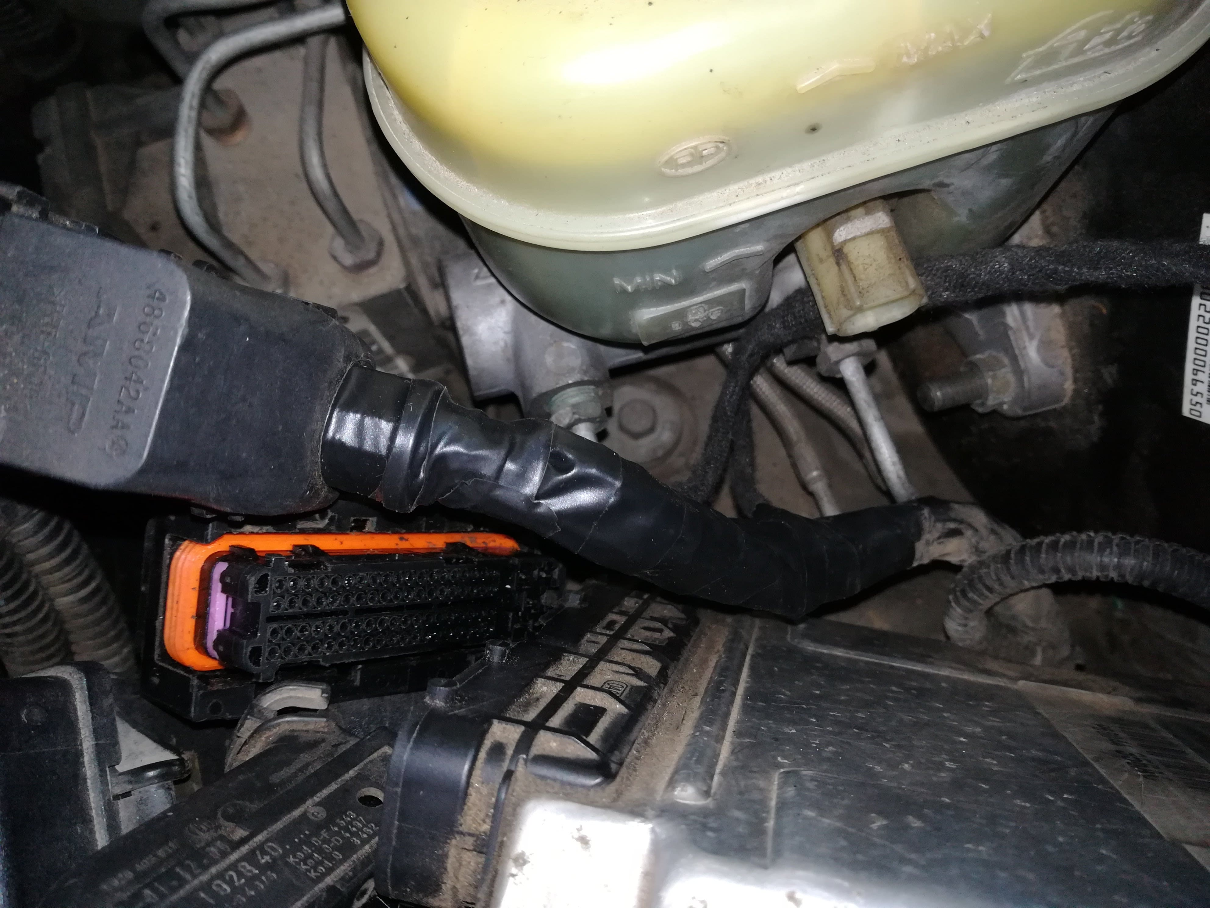 Jeep CAN bus filter P2502